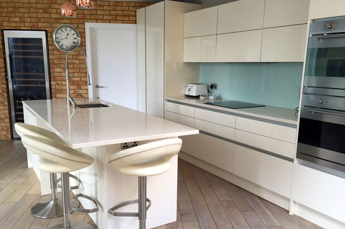 affordable-bespoke-kitchen-design-london-modern-kitchen