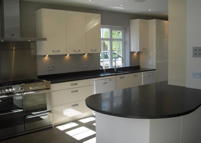 FRAN 2 bespoke best kitchen design